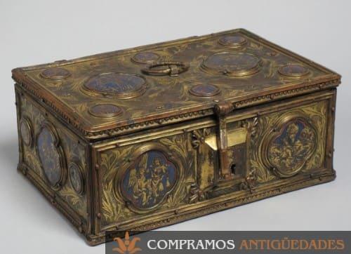 Caja de colección metálica