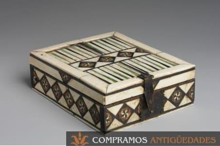 compra de cajas antiguas