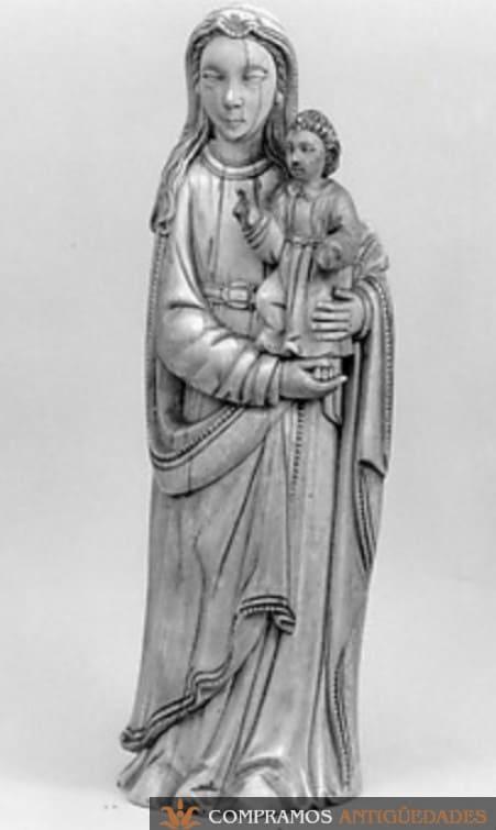 Virgen antigua con niño Jesús de Marfil