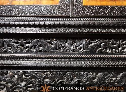 bargueños antiguo de ebano detalle talla