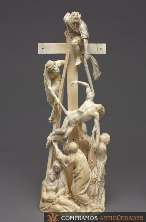 Escultura antigua de marfil