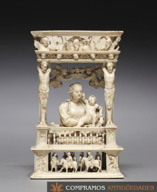 retablo de marfil antiguo, Escultura de marfil antigua